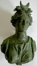 Risultati immagini per statue votive Selena