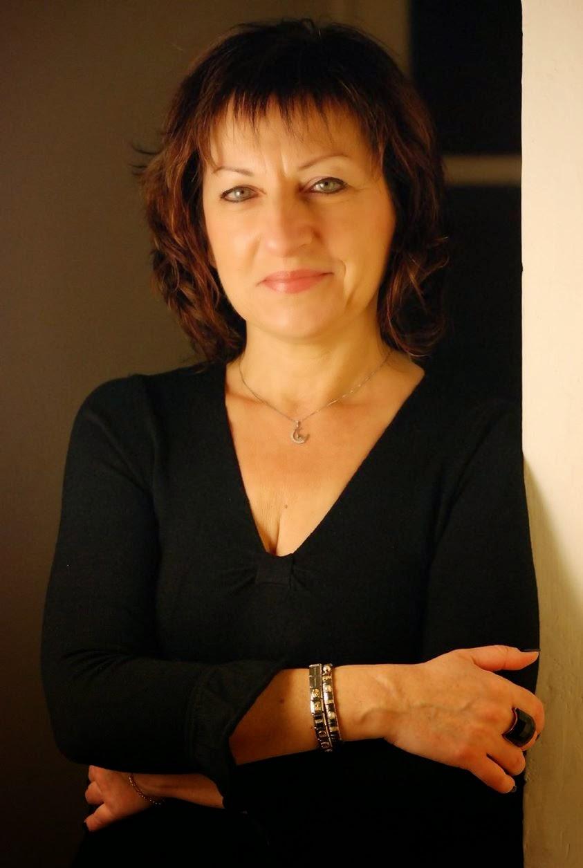 """Il Giornale Di Roberto B.: Intervista a Claudia Muscolino, Autrice del  Libro """"Il Drago E Le Nuvole"""", Edito da Rupe Mutevole Edizioni"""